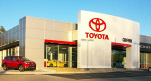 new-toyota-store-front-370x200